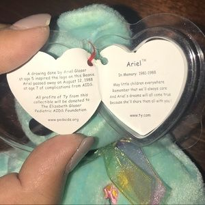 "Accessories - ty Beanie Baby Collection 2000 ""Ariel"""